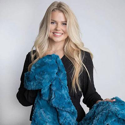 Shop Pocatello Cozy Belle Cerulean Blanket
